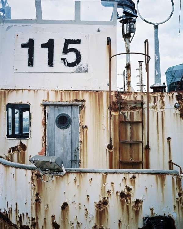 rh050428_rr0104_whaling
