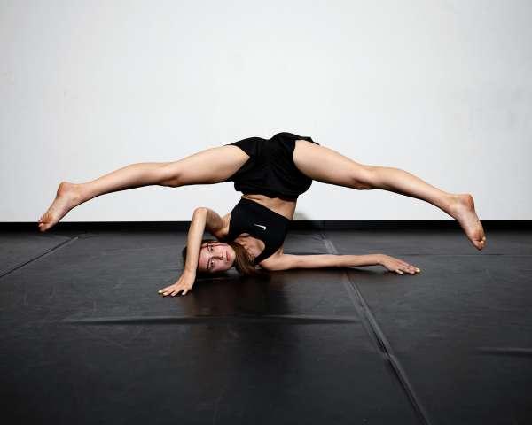 12_rh190820_9418_acrobatics_workshop